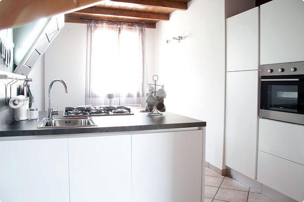 Progettazione e realizzazione arredamenti bologna for Arredamento interni bologna